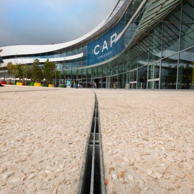 Filigrane Entwässerungslösung für das Einkaufszentrum