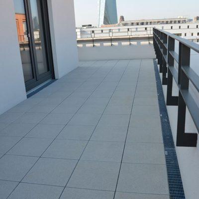 Flachdach- und Fassaden von unterbauten Bereichen entwässern