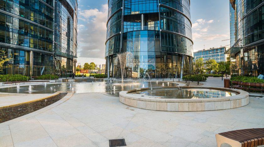 Fassadenentwässerung des Warsaw Spire Bürogebäudes