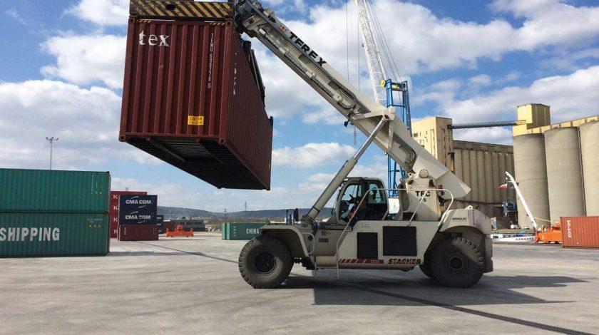Entwässerungssystem für schwere Lasten Hafenanlage