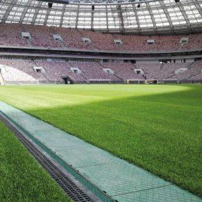 Entwässerung und Kabelmanagement im Luschniki Stadion