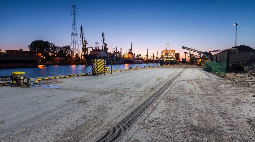 Industriehafen Danzig Entwässerungslösung von HAURATON